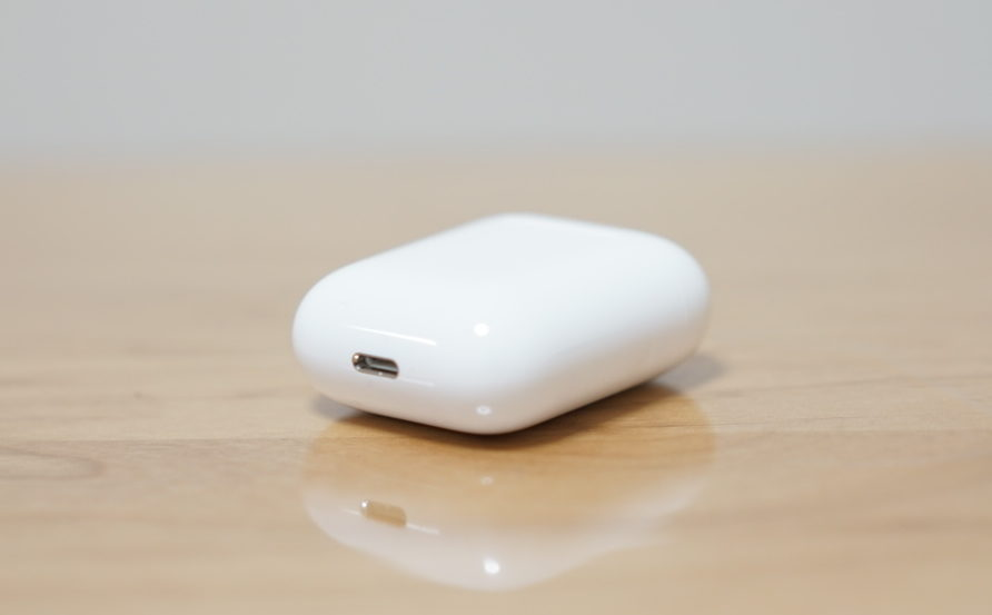 AirPods photo1