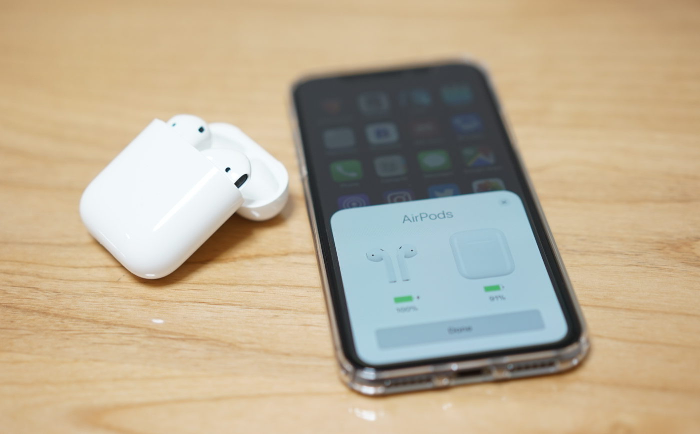 AirPods allow iPhone X to show battery percentage