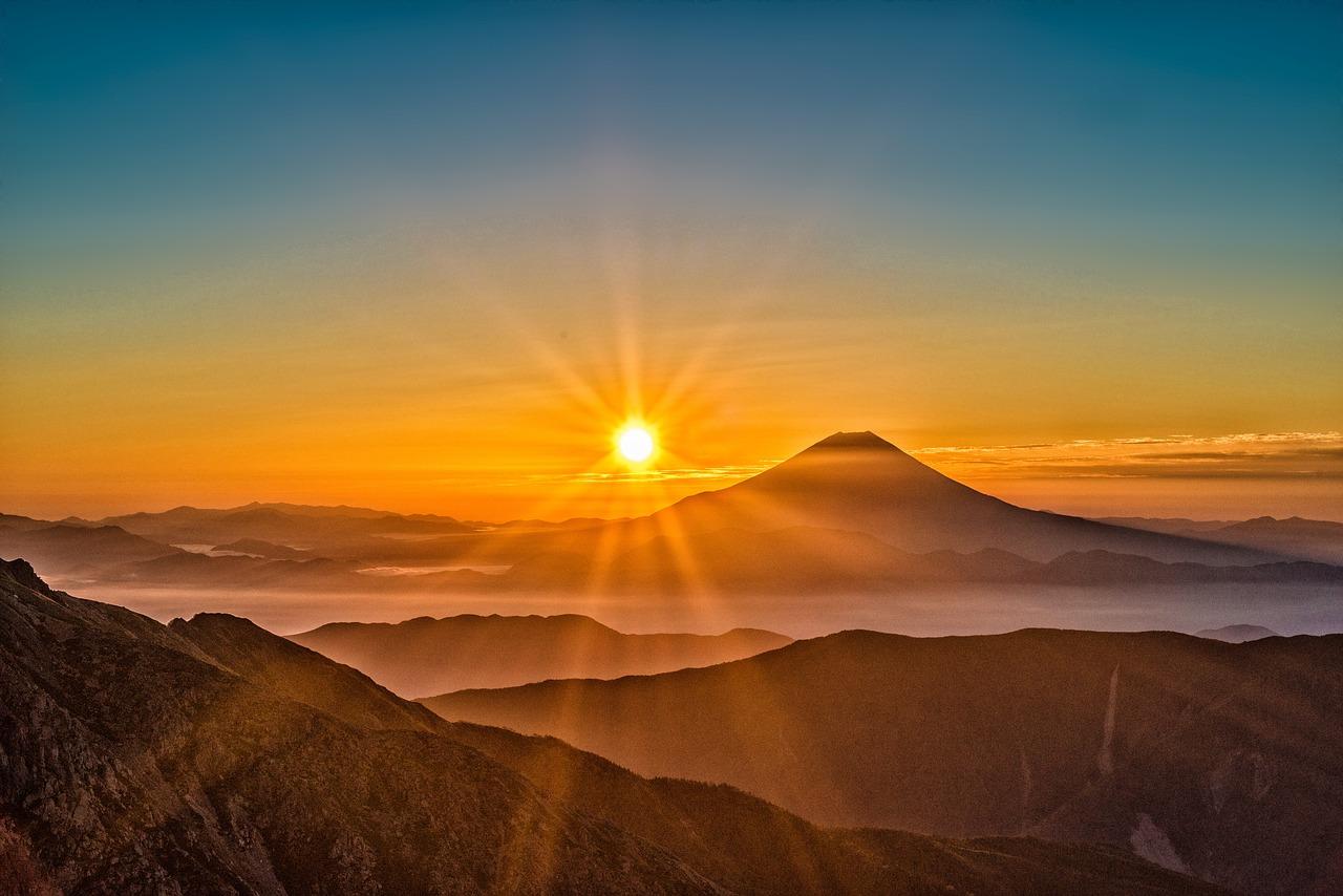 富士山 太陽 日本