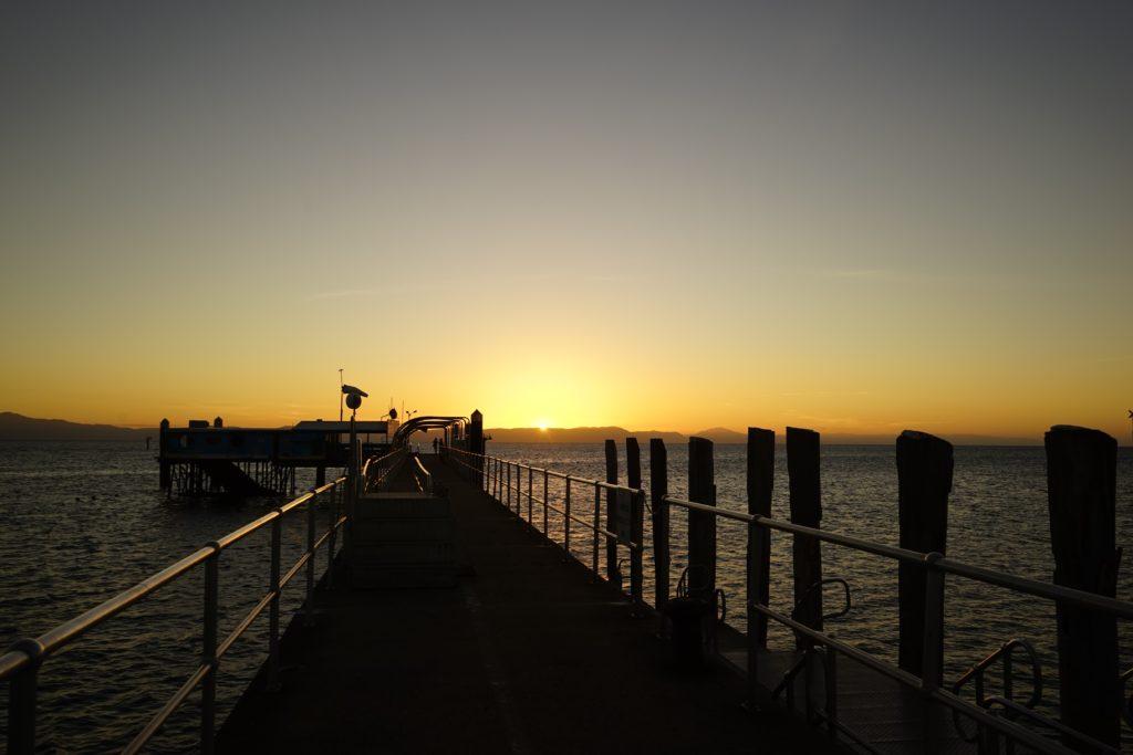 ケアンズ 夕陽 グリーンアイランド