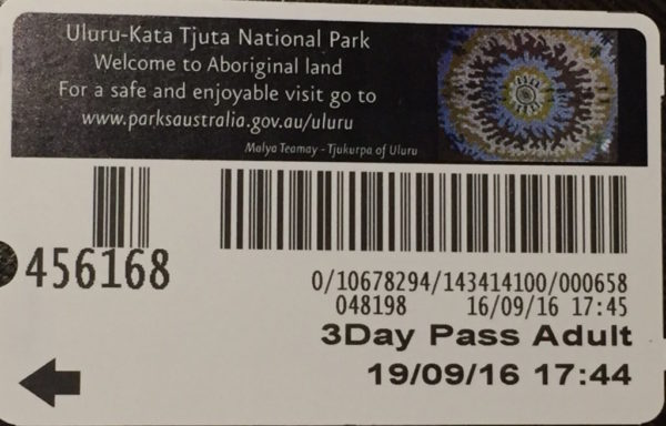 ウルルカタジュタ国立公園 チケット
