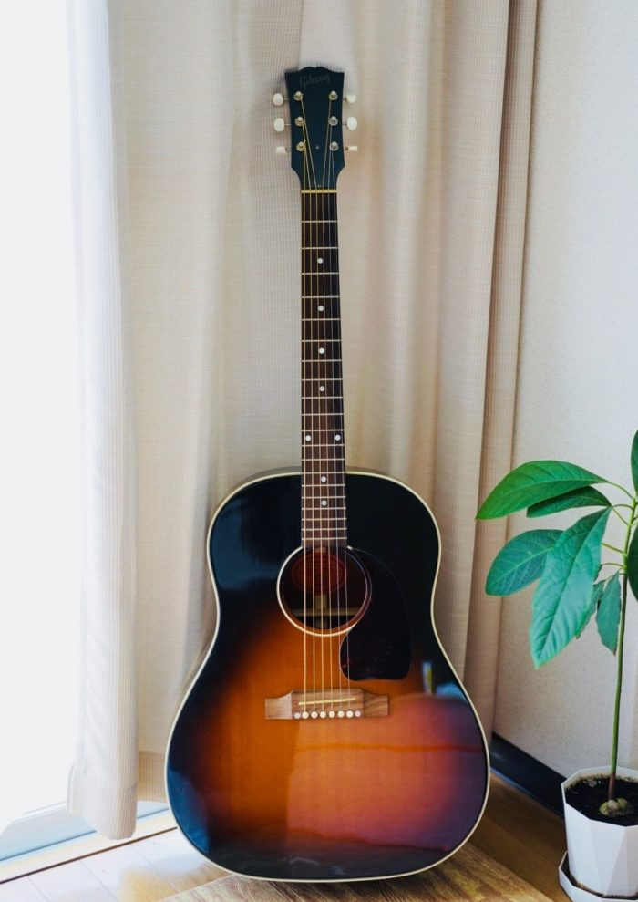 Gibson ギブソン Early J-45