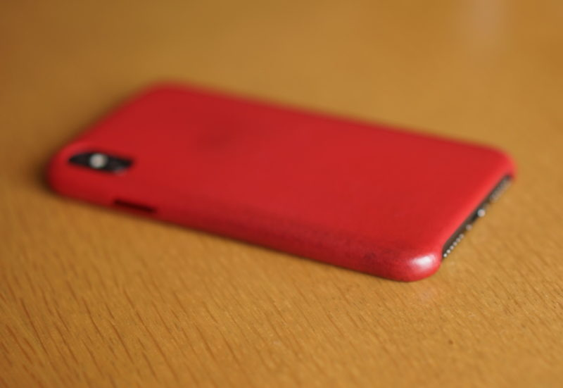 iPhone X 汚れ 純正ケース