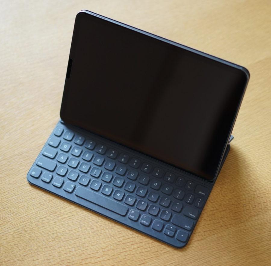cool iPad smart keyboard folio 11inch