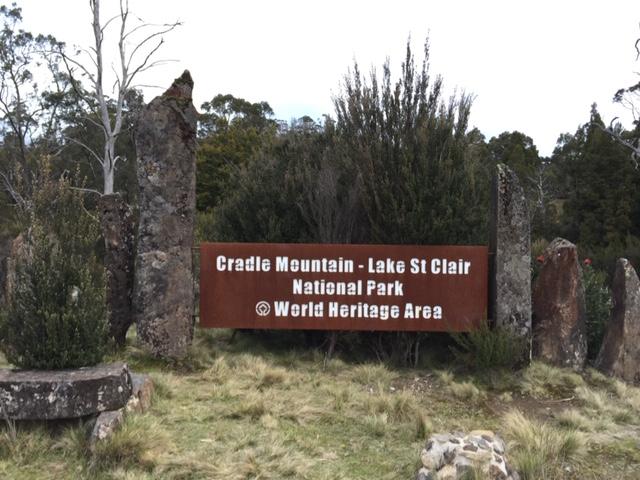 クレイドルマウンテン 国立公園入り口
