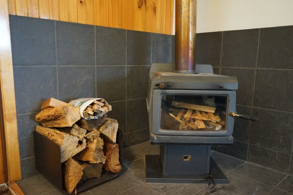 クレイドルマウンテンロッジ 暖炉