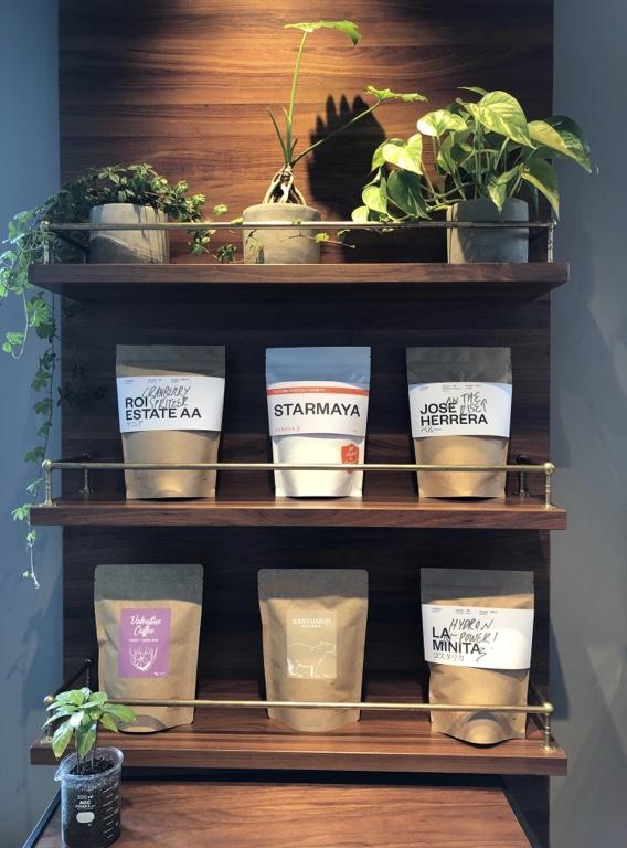 Minato coffee 棚