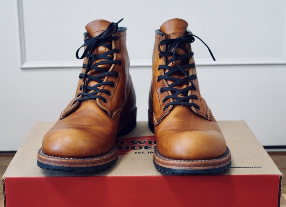 Red Wing Boots 前から