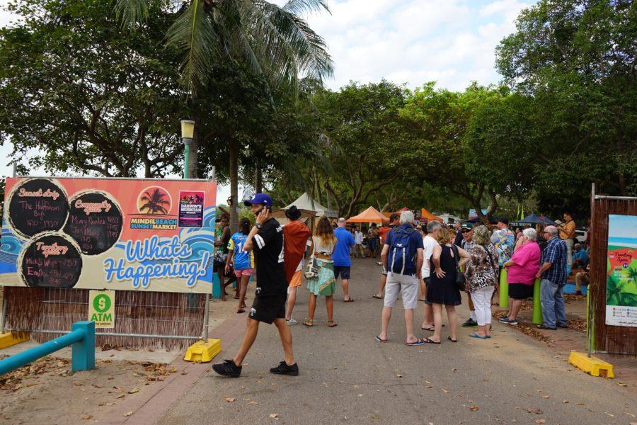 ミンディルビーチマーケット入口