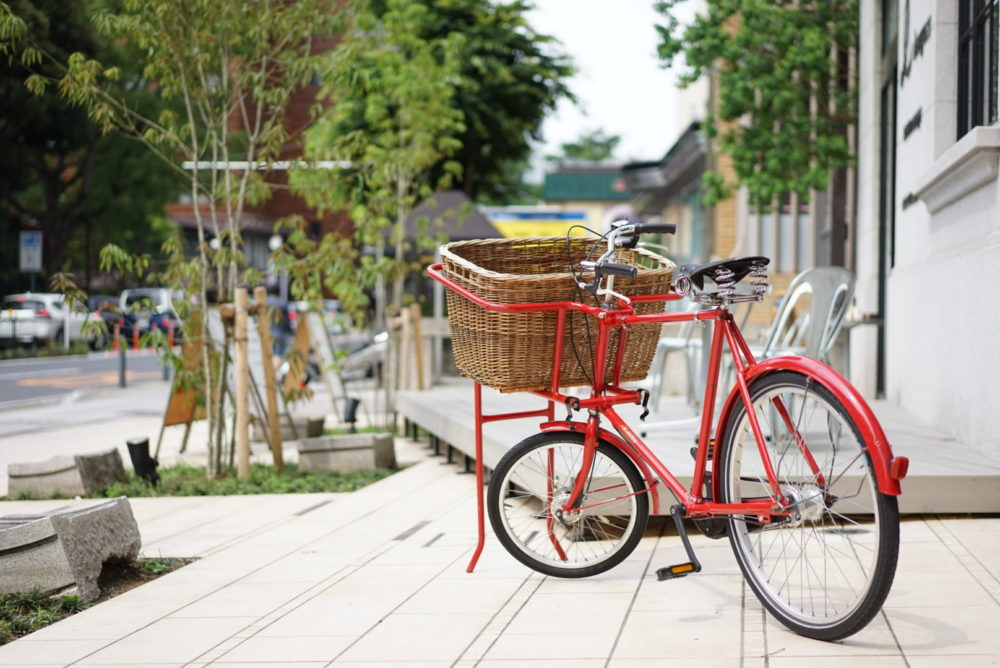 Largo Cafe & Lounge 自転車