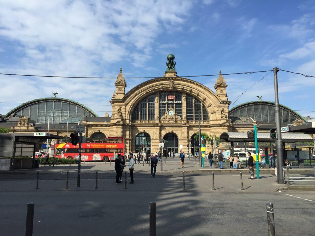 フランクフルト駅 ドイツ