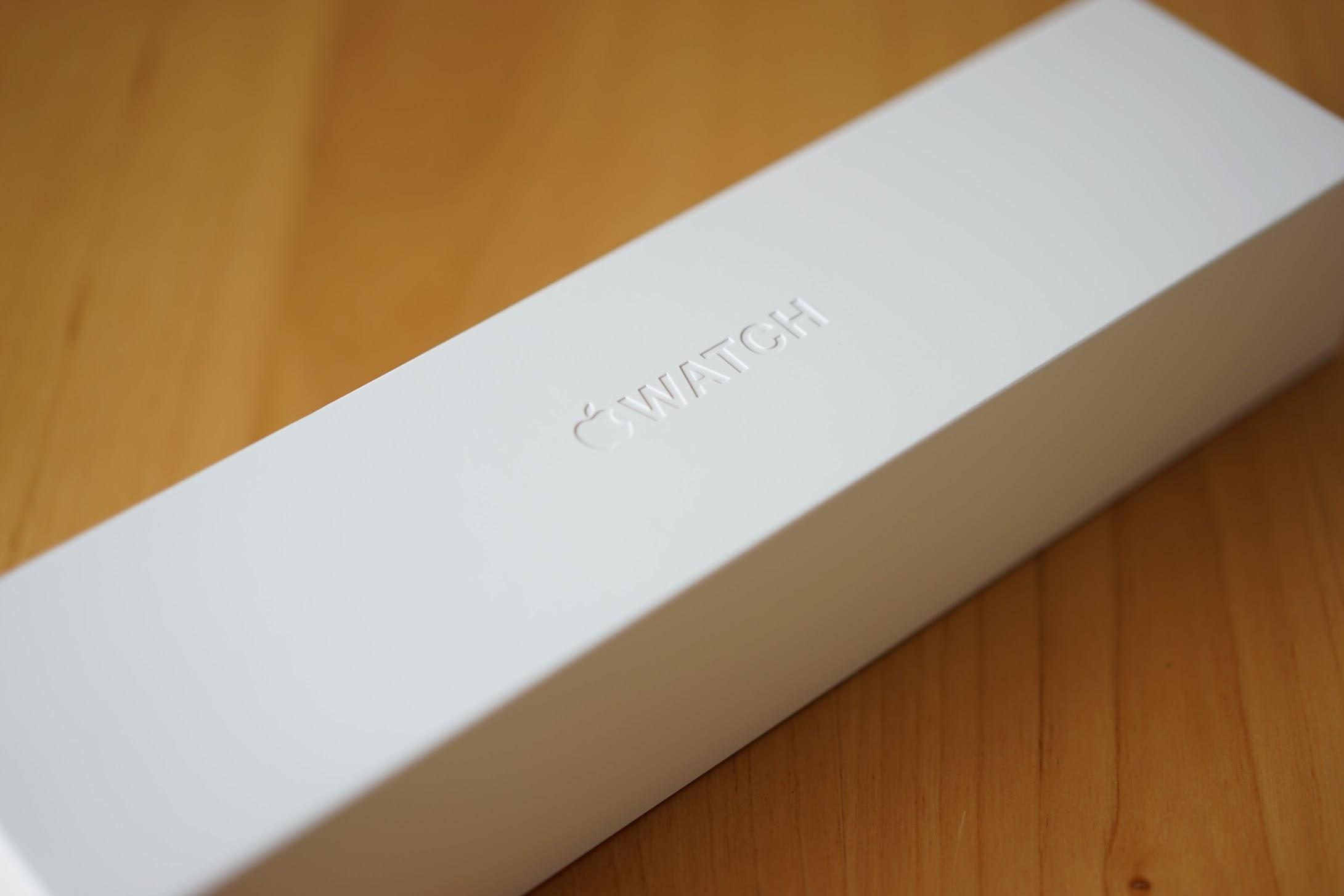 アップルウォッチの箱 文字