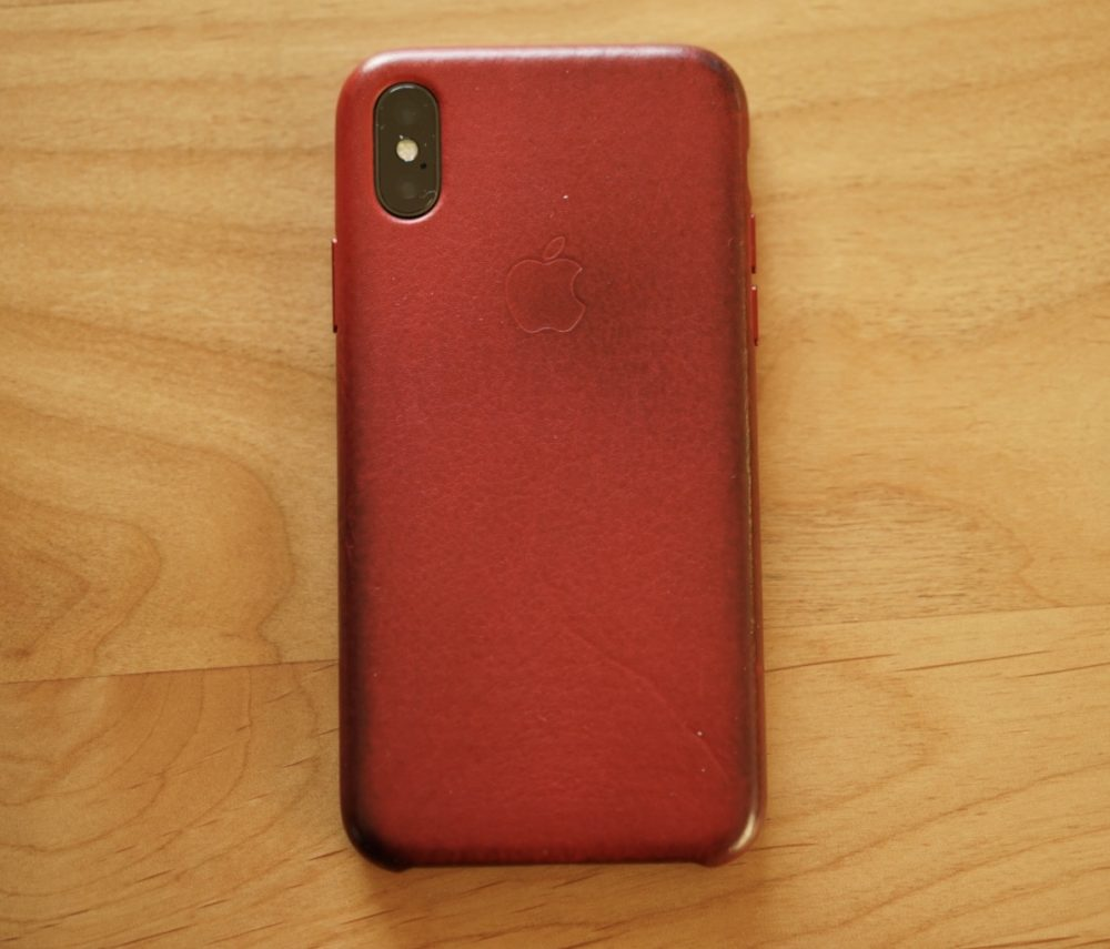 IPhone X 純正レッドレザーケース 汚れ 2年目