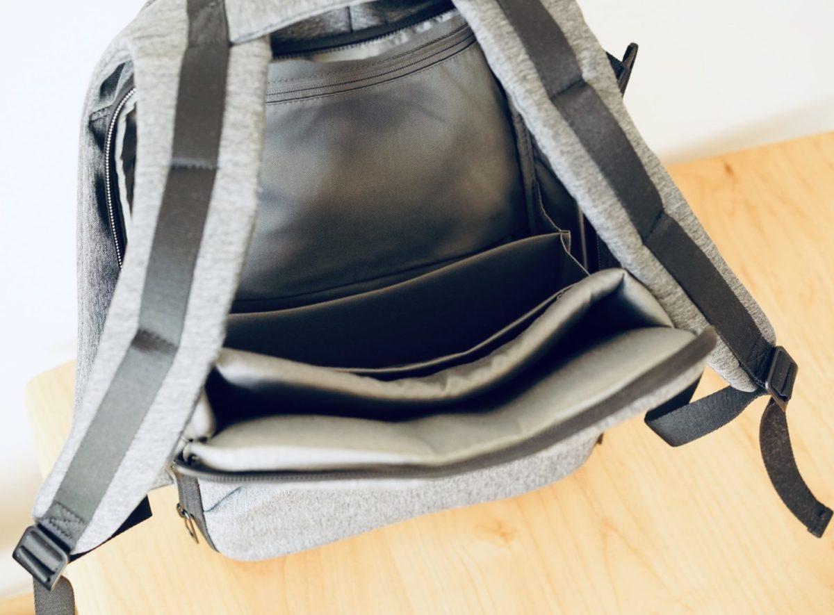 背中の収納 PC用 cote&ciel ISAR M