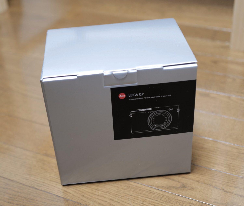 Leica Q2 箱 外観