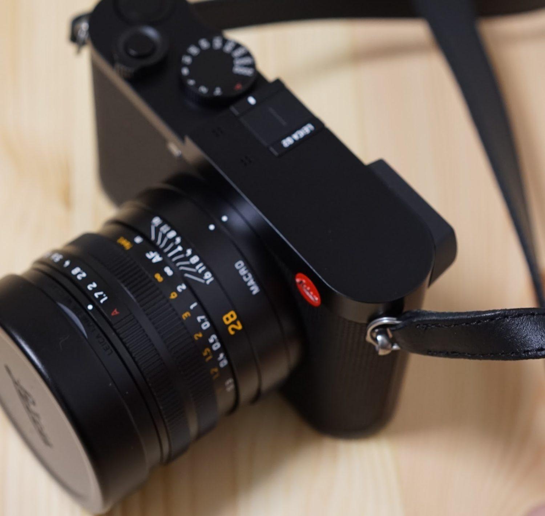 リングとカメラの金属分の当たり Leica q2