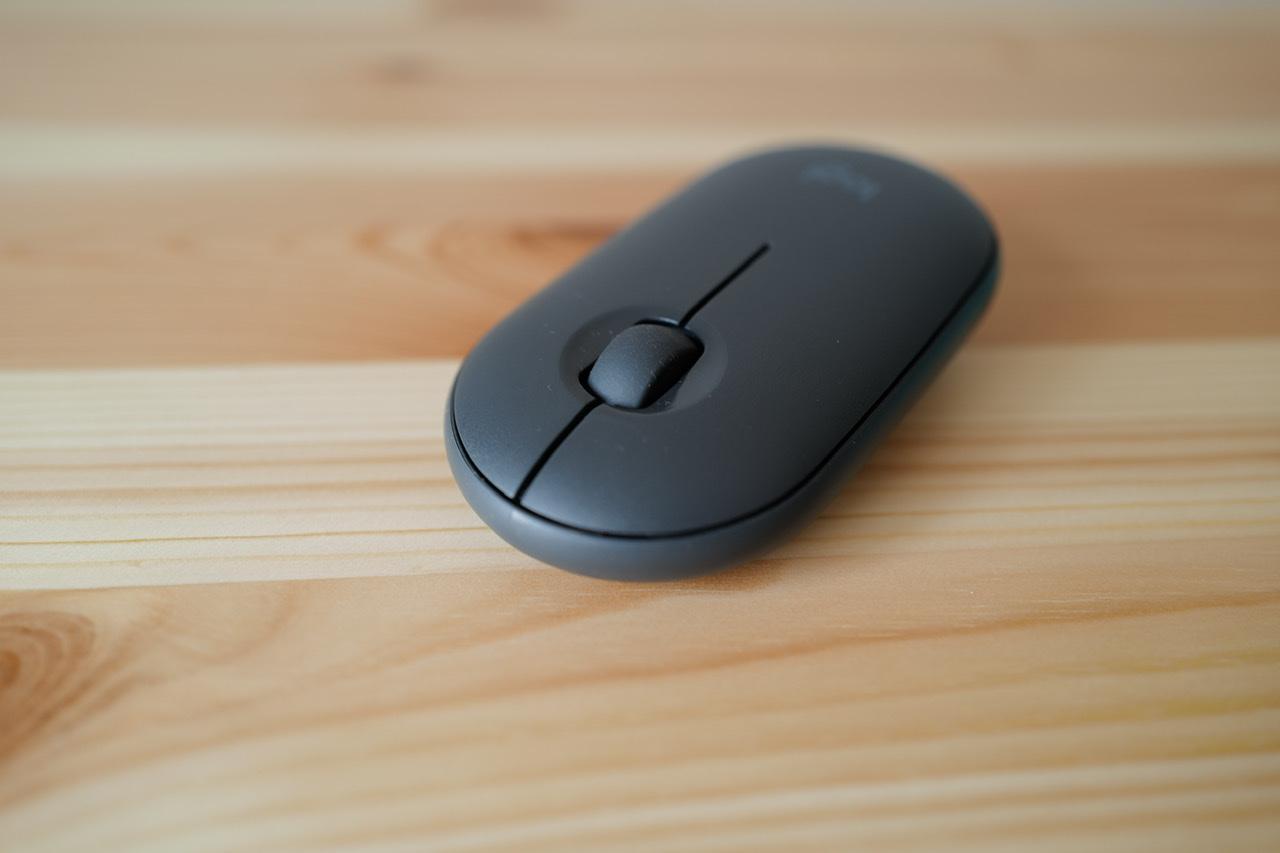 Logicool pebble m350 マウス まえから