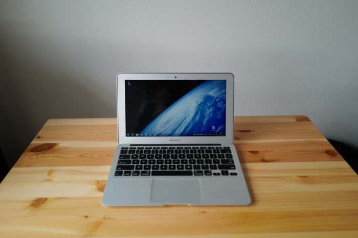 Windows 7 in MacBook Air 2011