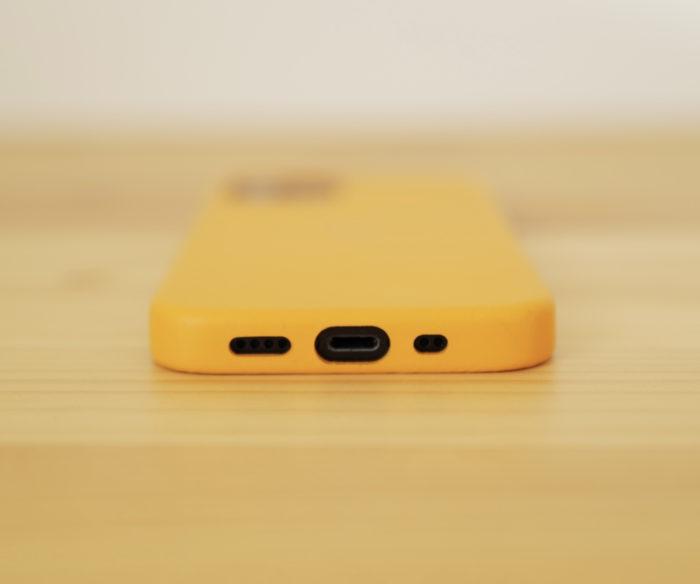 iPhone 12 mini ケース 底