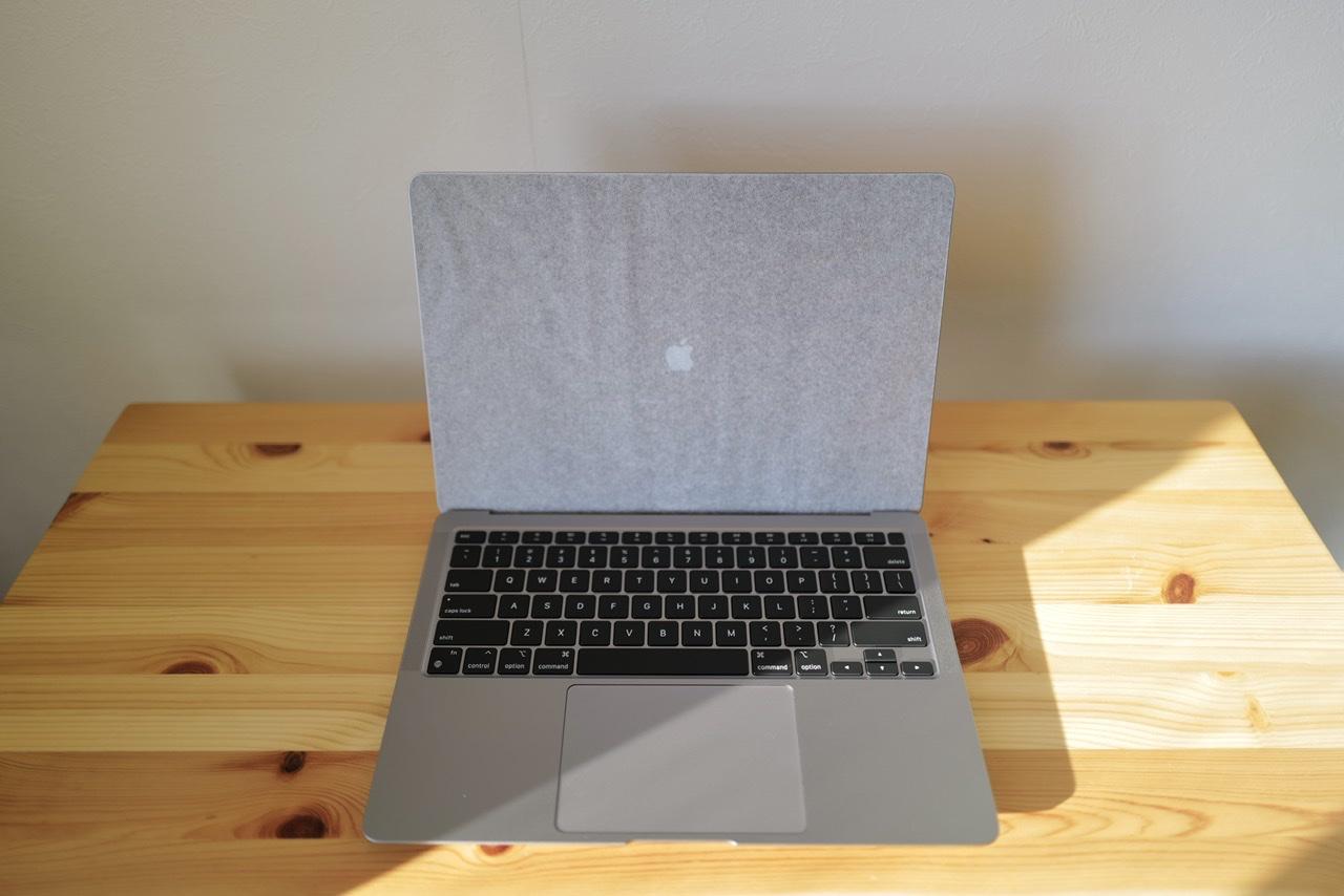 M1 MacBook Air ジャーン