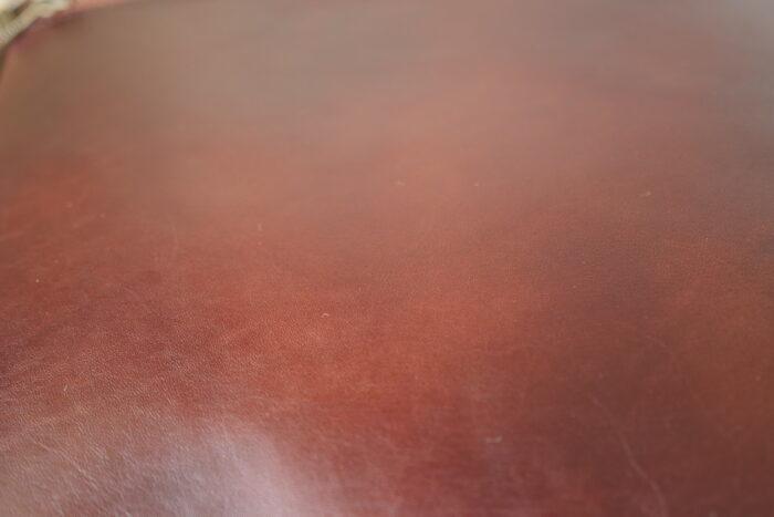 表面 革の状態 マザーハウス