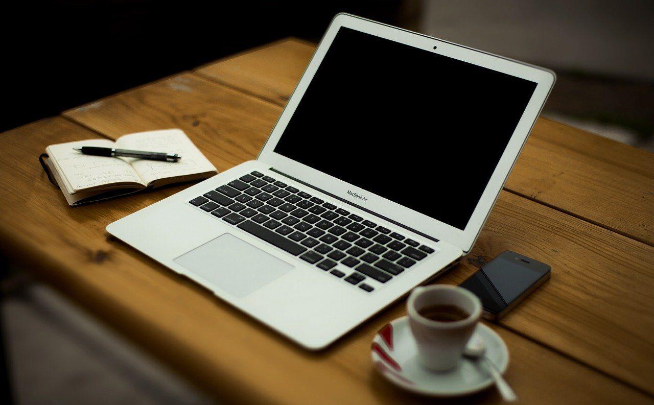 MacBook air とメモ帳
