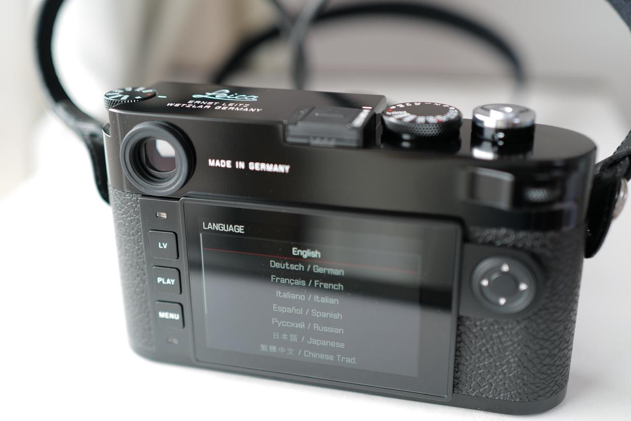 Leica M10-R ブラックペイント起動