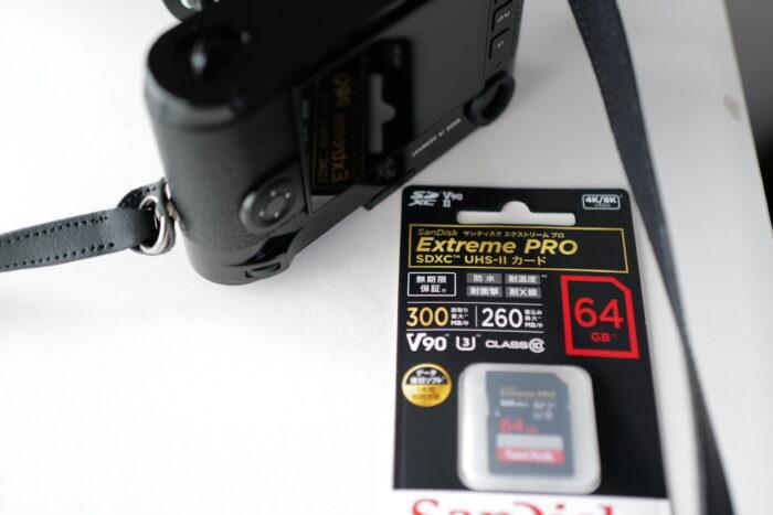 Leica M10-R black paintとSDカード
