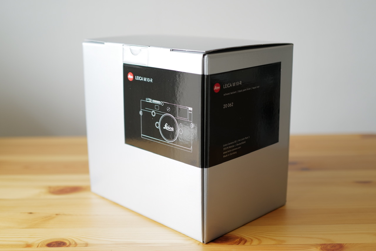 Leica M10-R black paint 箱
